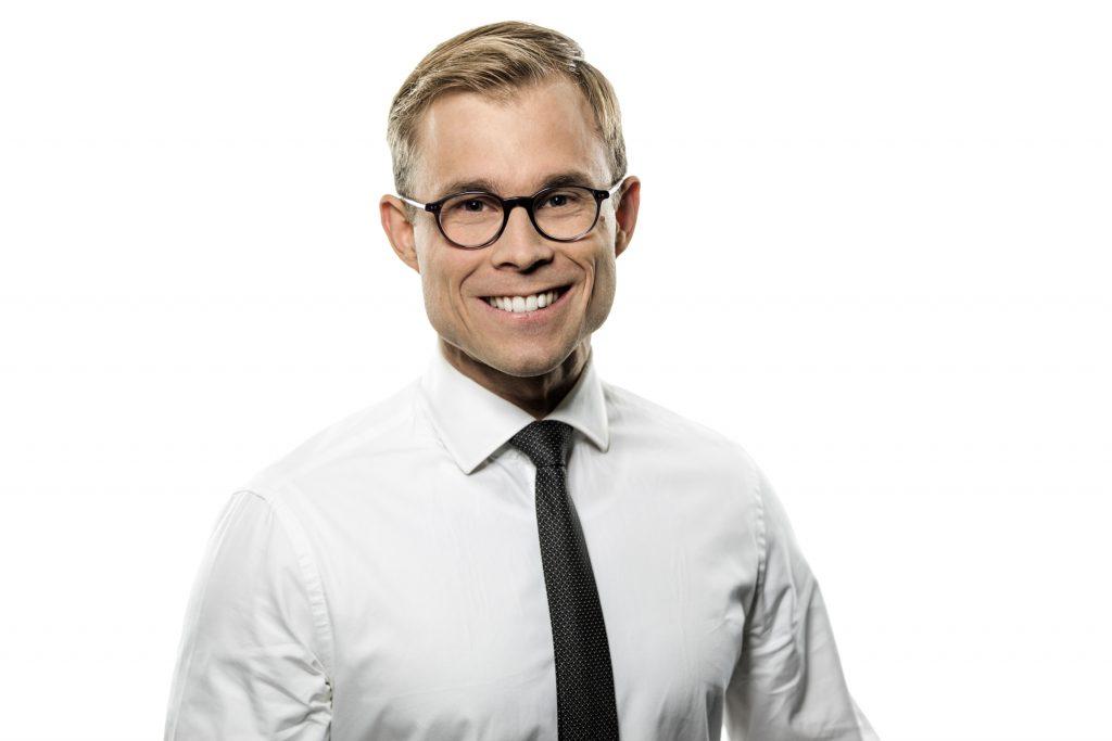 Dr Jens Poll